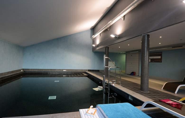 Chalets de l'Isard - Pool - 2