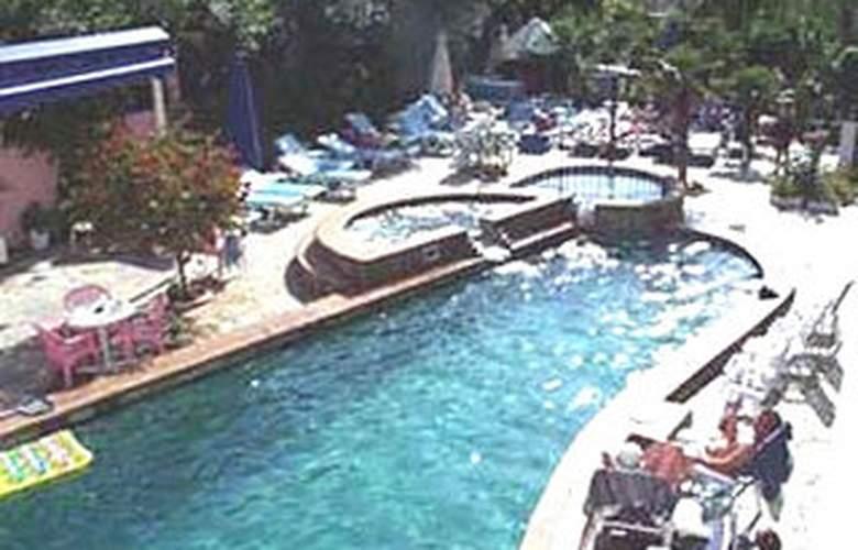 Paradise Bay - Pool - 2