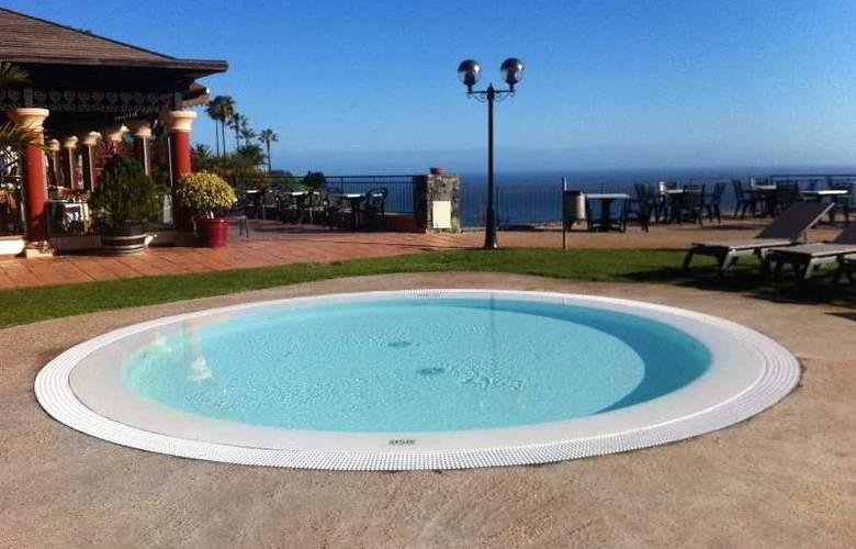 Las Aguilas - Pool - 27