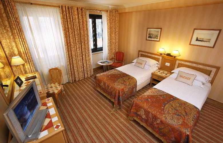 Lisboa Plaza - Room - 8