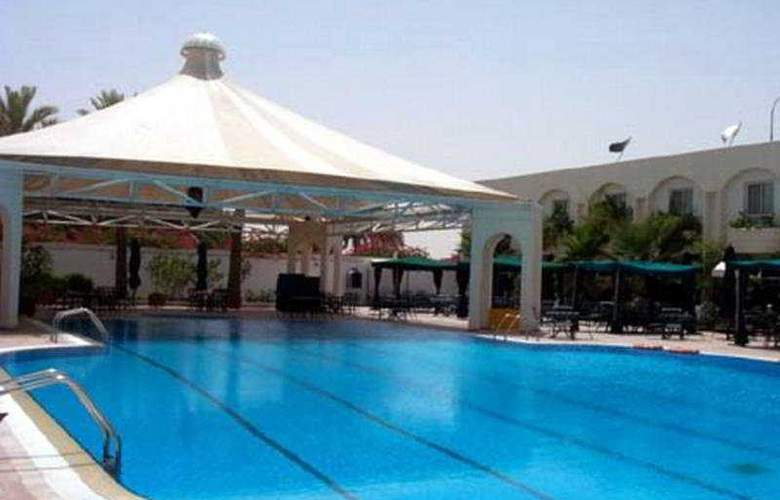 Carlton Al Moaibed - Pool - 5