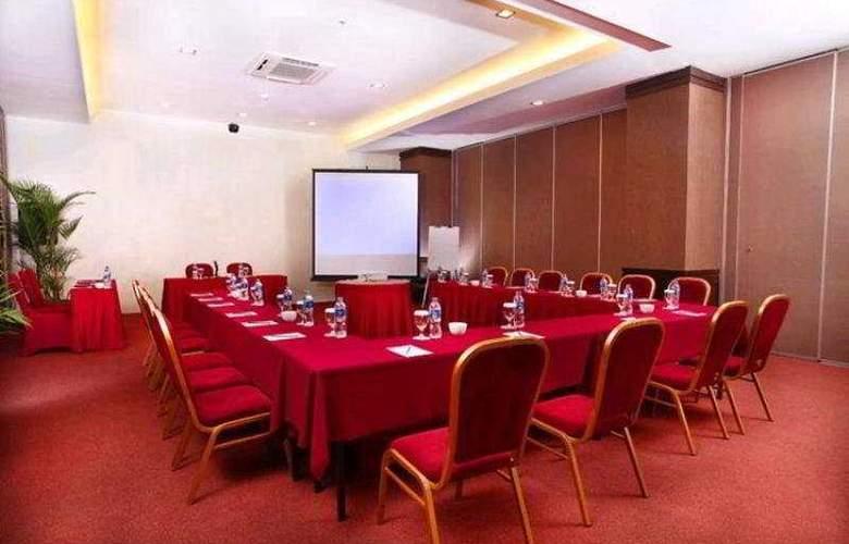 Carrcadin Hotel Bandung - Conference - 6