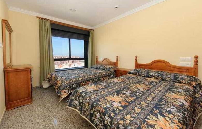 Apartamentos Nuria Sol - Room - 2