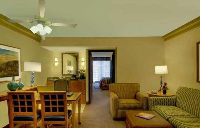 Embassy Suites Phoenix Biltmore - Hotel - 13