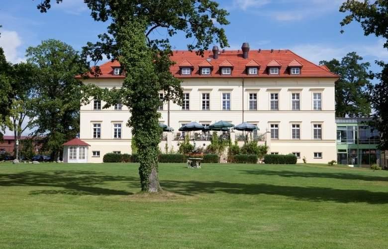 Landhotel Schloss Teschow - Hotel - 0