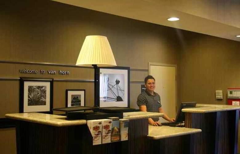 Hampton Inn Van Horn - Hotel - 3