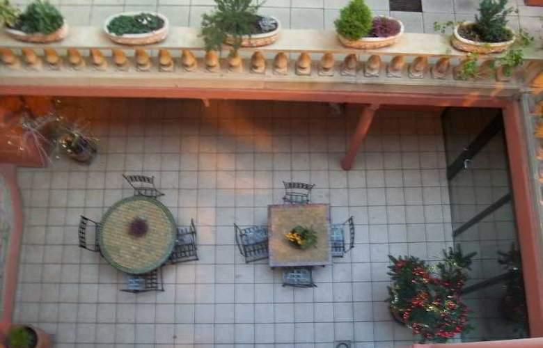 Interhotel au Patio Morand - Terrace - 29