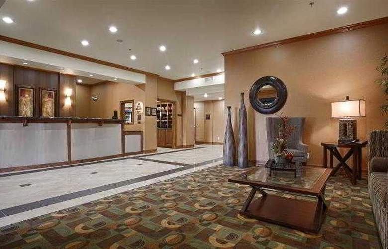 Best Western Plus Christopher Inn & Suites - Hotel - 69