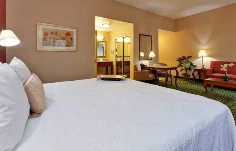 Hampton Inn & Suites Windsor - Sonoma Wine Country - Hotel - 2