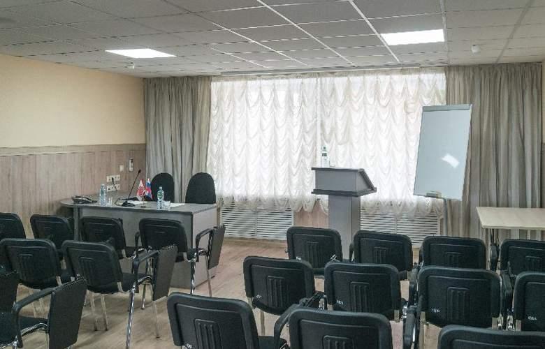 Voskhod - Conference - 2