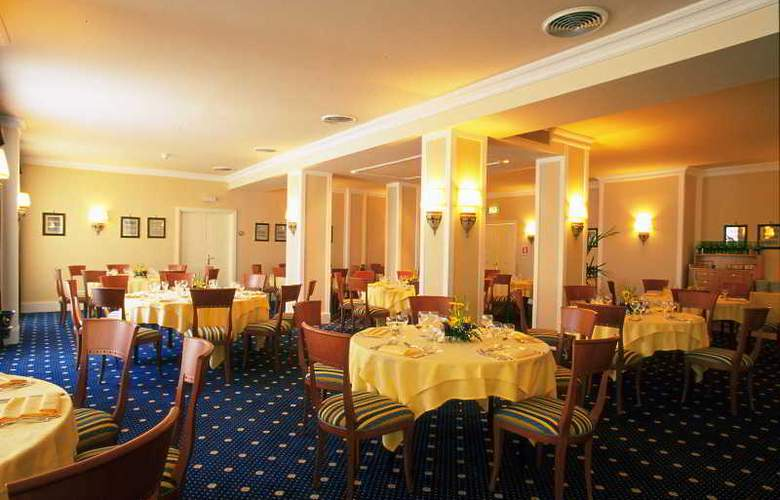 NH Villa San Mauro - Restaurant - 17