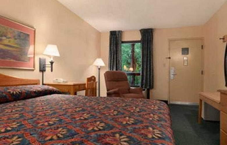 Baymont Inn & Suites - Room - 5