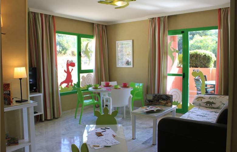 Holiday World Resort - Room - 14