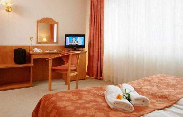 Best Western Hotel Portos - Hotel - 10