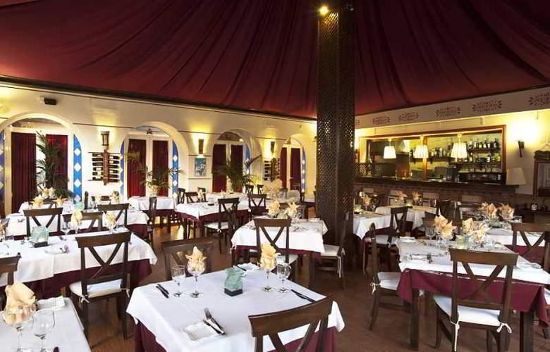 Los Arcos - Restaurant - 29