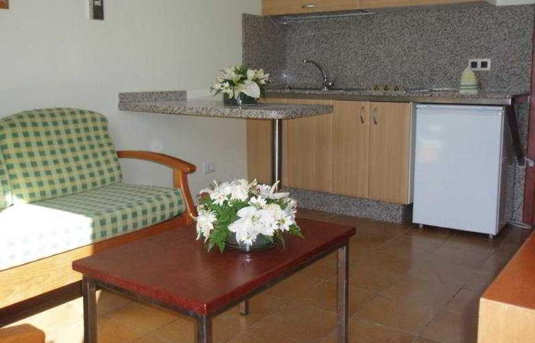 Rocamar Apartamentos - Room - 3