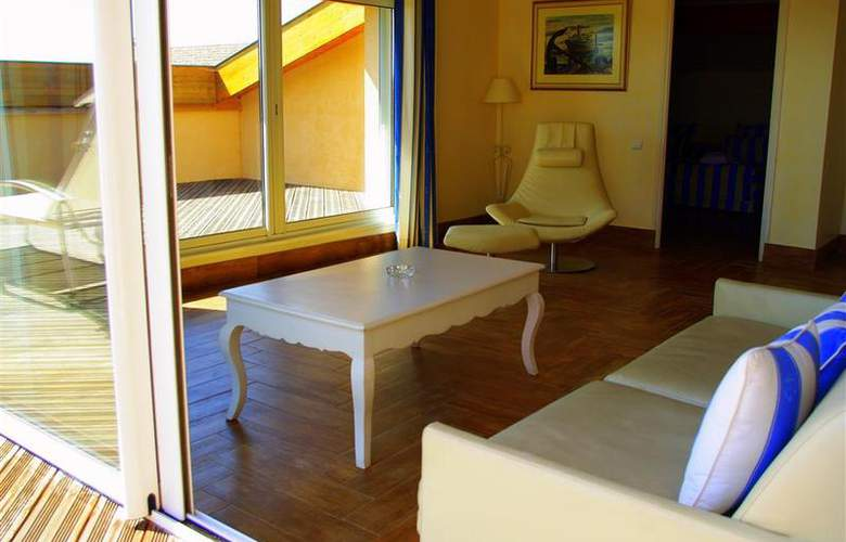 Best Western Soleil et Jardin Sanary - Room - 31