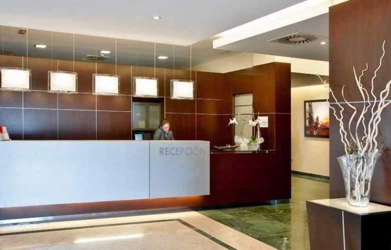 Gran Hotel Attica21 Las Rozas - General - 1