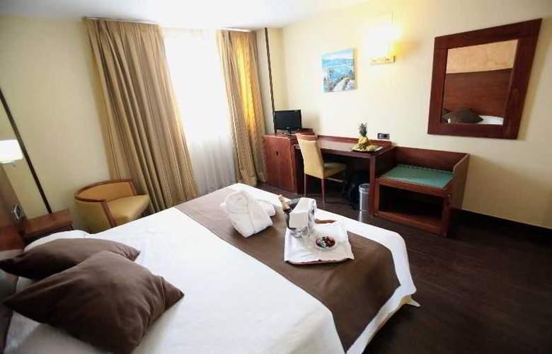 Hidalgo - Room - 11