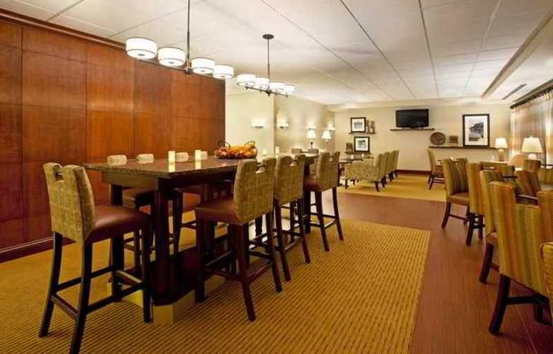 Hampton Inn Massillon - Hotel - 0