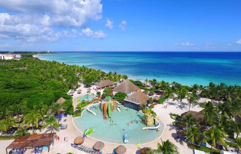 Grand Palladium White Sand Resort & Spa - Pool - 17