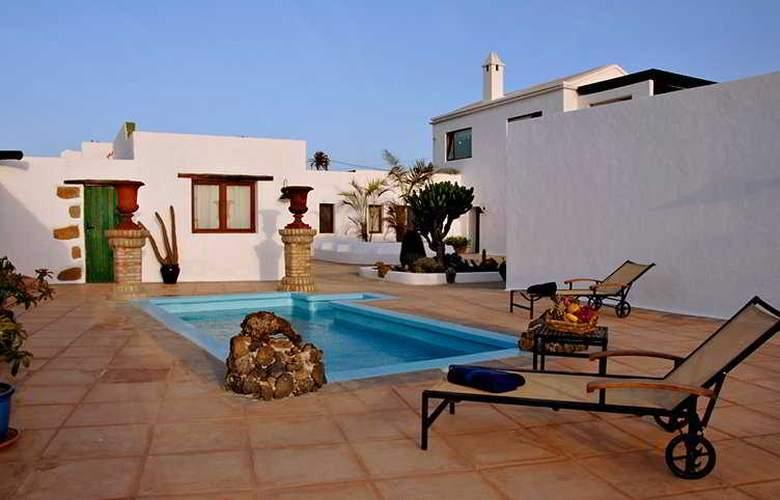 Casa De Hilario - Pool - 6