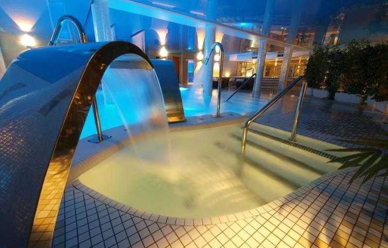 Felisa Spa - Pool - 1