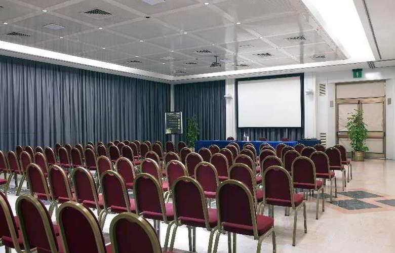 NH Midas - Conference - 19