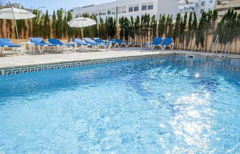 El Faro Inn - Pool - 10