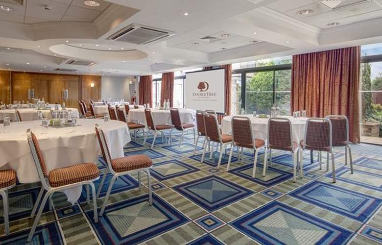 DoubleTree by Hilton Hotel Cambridge City Centre - Conference - 5