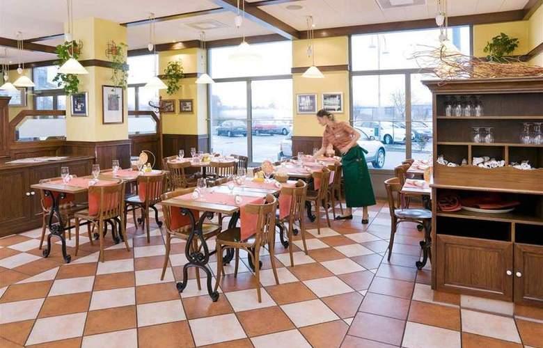 Ibis Czestochowa - Restaurant - 14