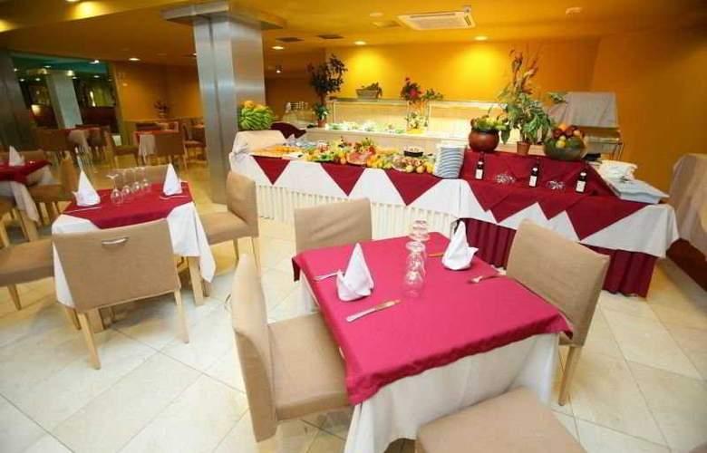 Morasol Suites - Restaurant - 6