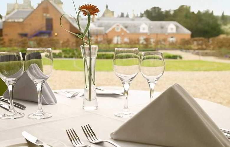 Mercure Warwickshire Walton Hall Hotel & Spa - Restaurant - 12