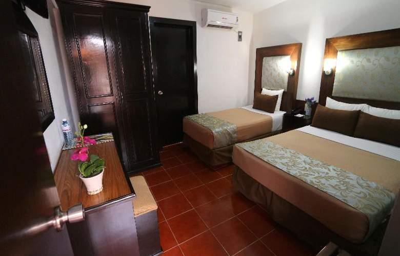 Del Carmen - Room - 7