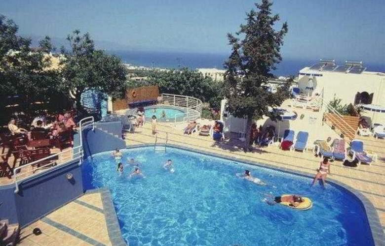 Esperides Villas - Pool - 5