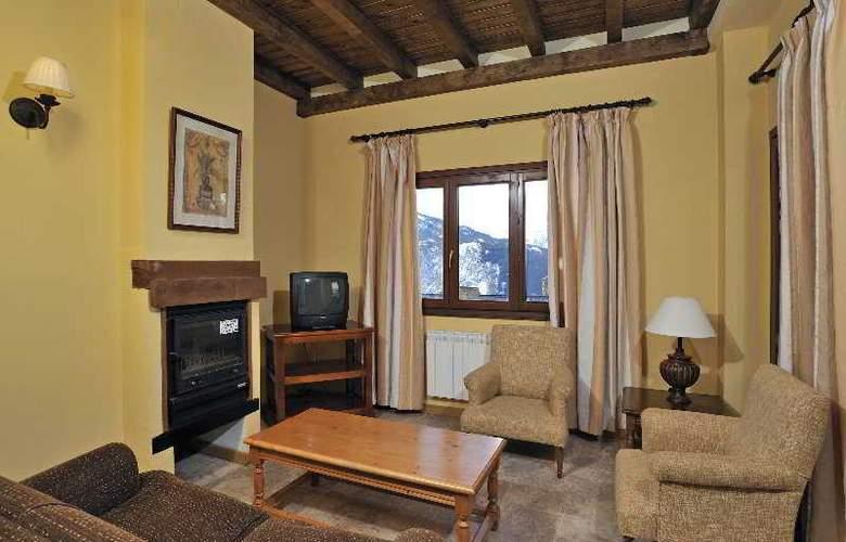 Apartamentos Blanheu - Room - 14