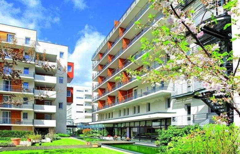 Park & Suites Elegance Grenoble - Hotel - 0
