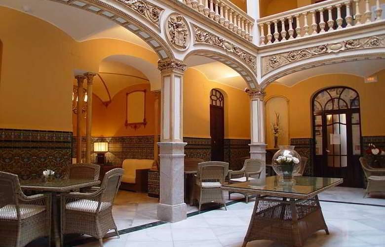 Palacio Arteaga - Bar - 4