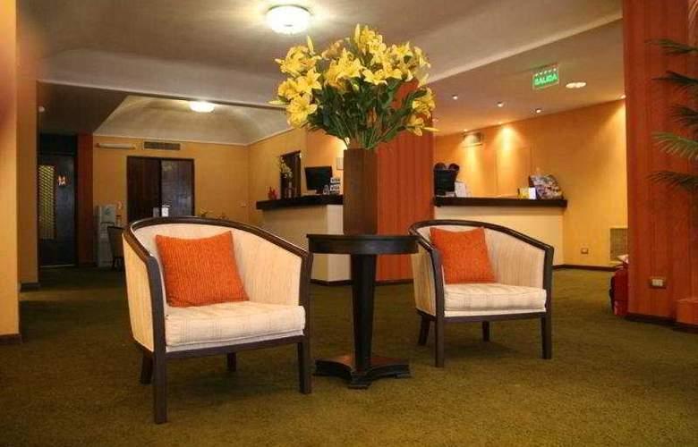 8 de Octubre - Hotel - 0
