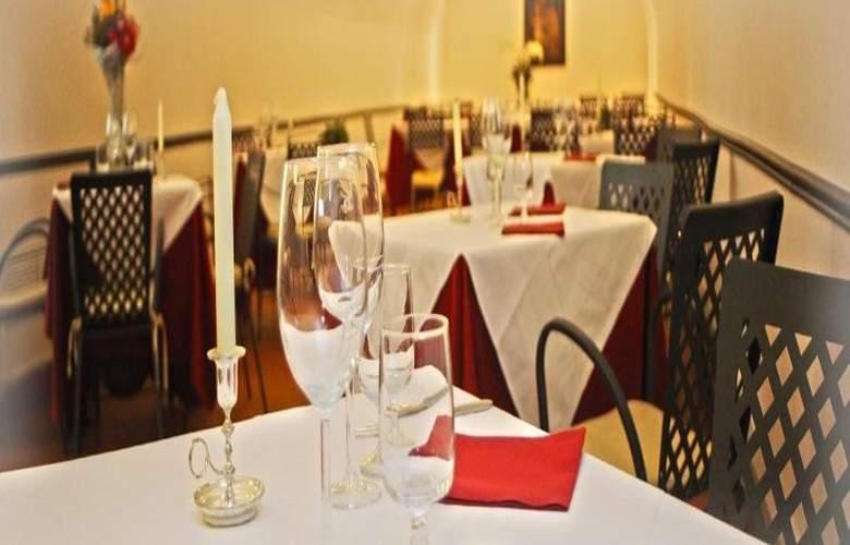 Domus Sessoriana - Restaurant - 14