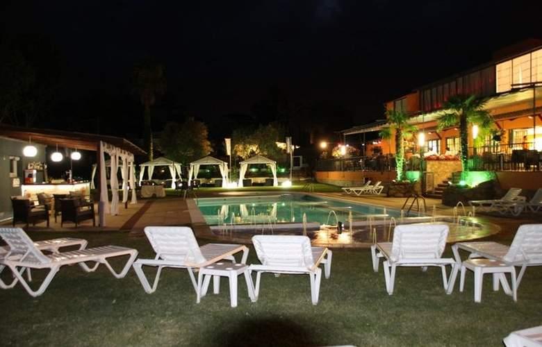 Bungalows Papalús - Pool - 3
