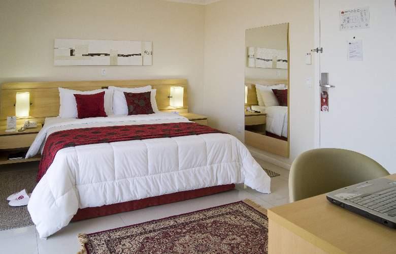 Bristol Century Plaza - Room - 4