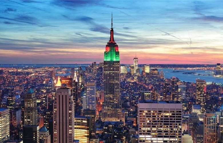 Hilton Garden Inn New York/Manhattan-Midtown East - Environment - 2