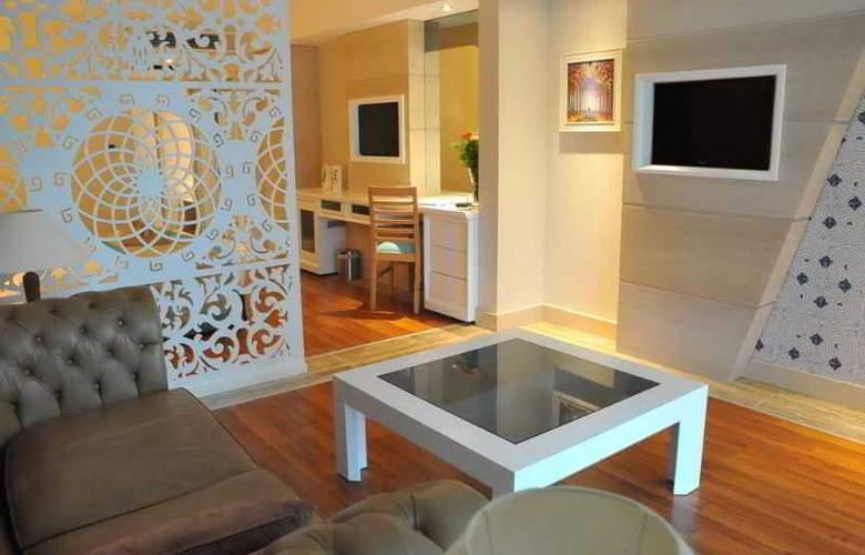 Crystal Sunset Luxury Resort & Spa - Room - 2