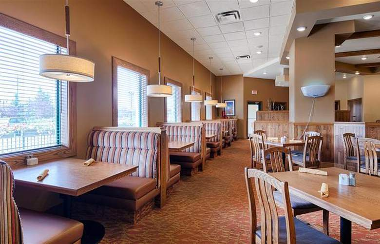 Best Western Plus Winnipeg Airport - Restaurant - 4
