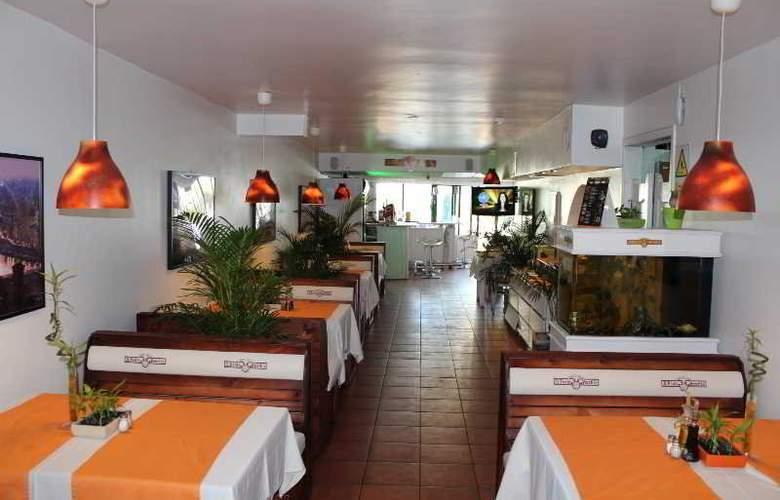 Las Faluas - Restaurant - 14