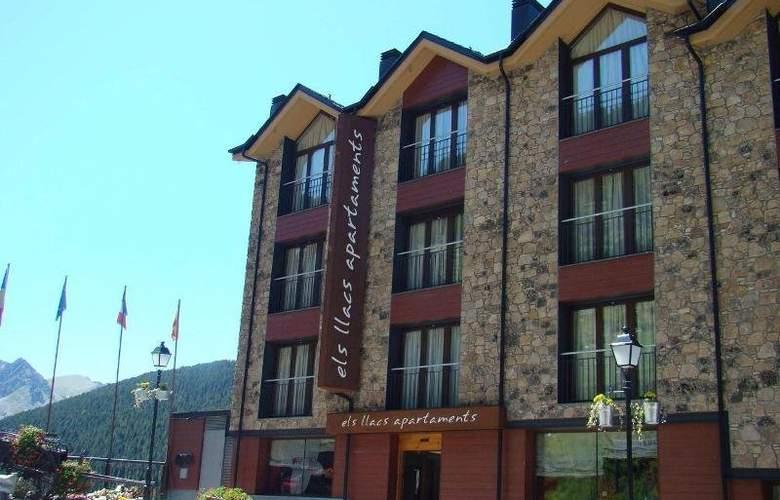 Apartaments Turistics Els Llacs - Hotel - 0
