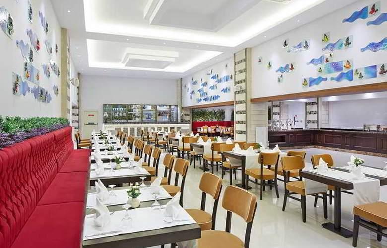 Rox - Restaurant - 3