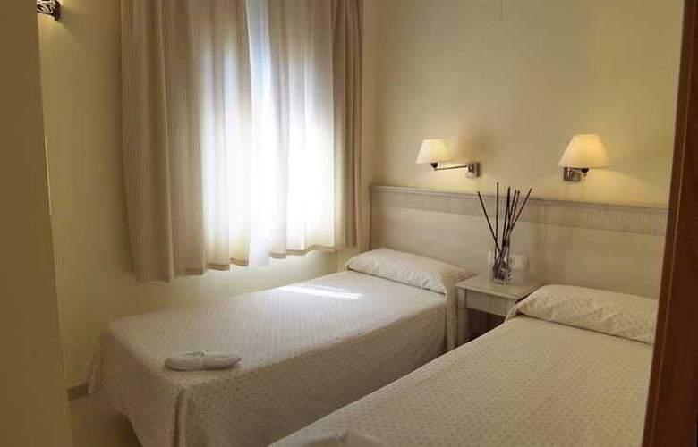Aparthotel Ilunion Sancti Petri - Room - 10