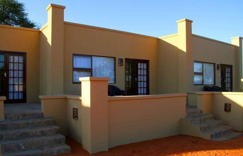 Intu Africa-Zebra Kalahari Lodge - Hotel - 3